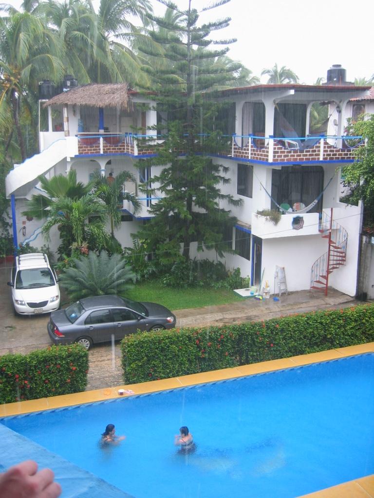 vente hotel a l'etranger
